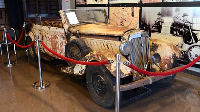 Tampa Bay Automobile Museum
