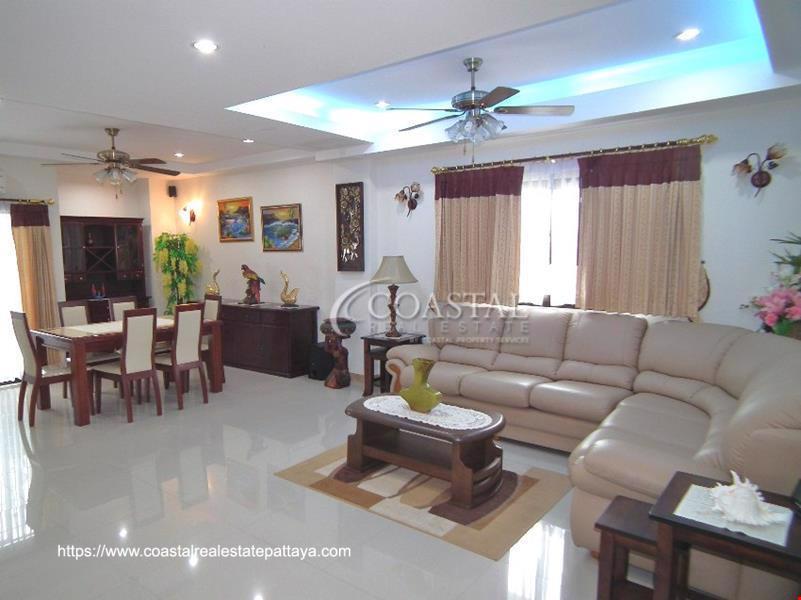 Chaiyapruek Residence