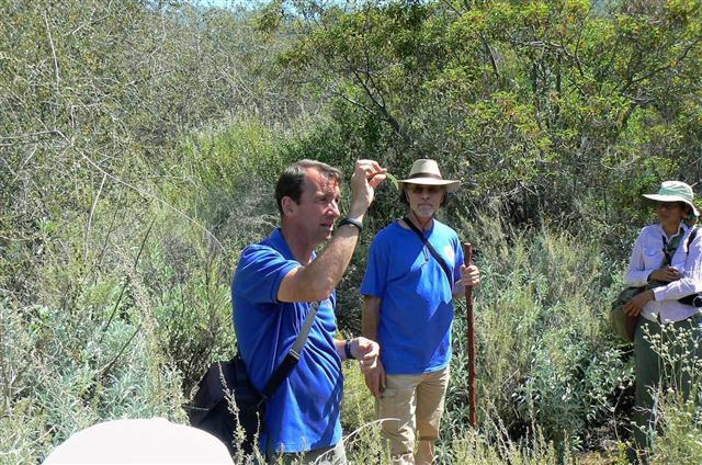 Jim and Lanny discuss White Sage on the trail
