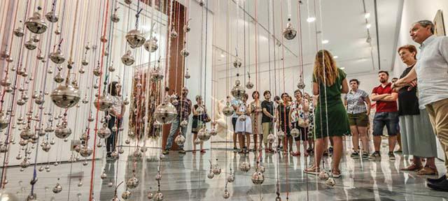Visites Guiades i dinamitzades de l'exposició FILANT IDEES, TEIXINT ART