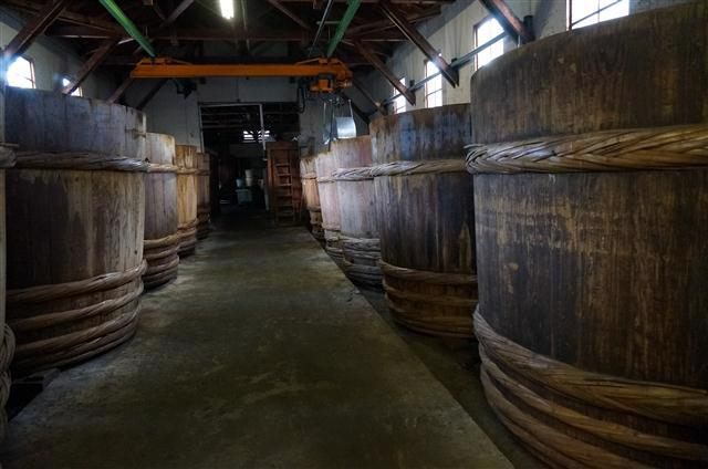Inside a sakagura
