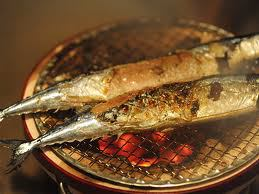 Sanma (saury) being grilled